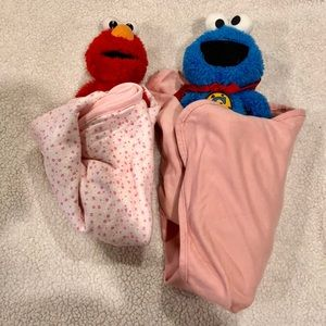 2 large baby swaddles LN Maude/pink & pink floral